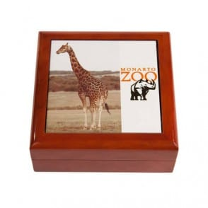 giraffe keepsake box 1 web